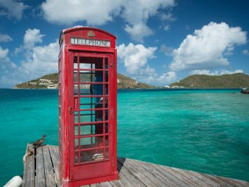 phone-booth-in-the-british-virgin-islands-at-marina-cay