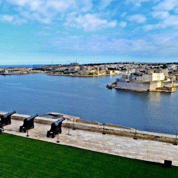 grand_harbour_panoramic_view_2